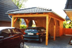 Walmdach Carport Holz
